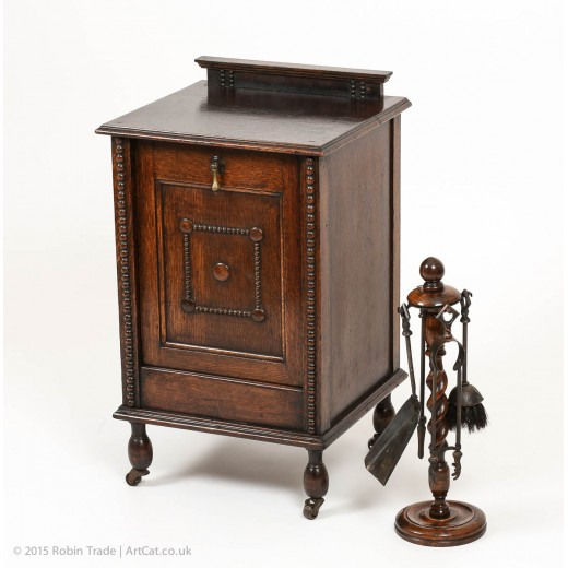 Edwardian Cabinet Style, Oak Coal Scuttle, with matching Oak Fireside Set